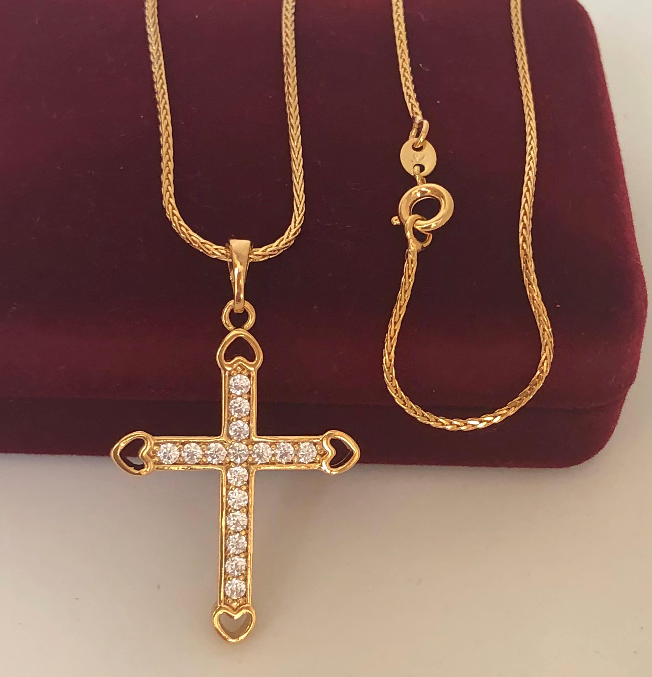 Schmuckset goldene Halskette mit großem Kreuz Anhänger mit kleinen Kristallen